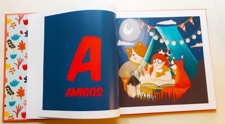 "Letra A abecedario del libro ""Un achuchón de letras"""